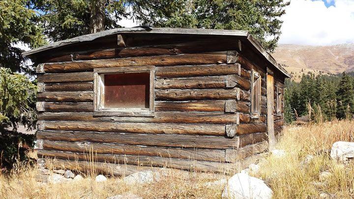昔のログハウス